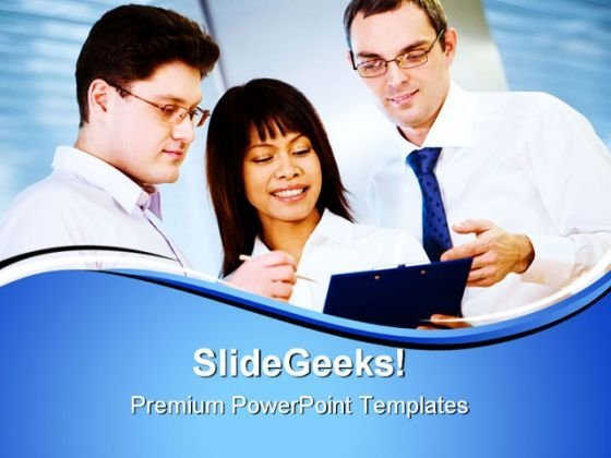 Doctors Explanation Medical PowerPoint Templates And PowerPoint Backgrounds 0611